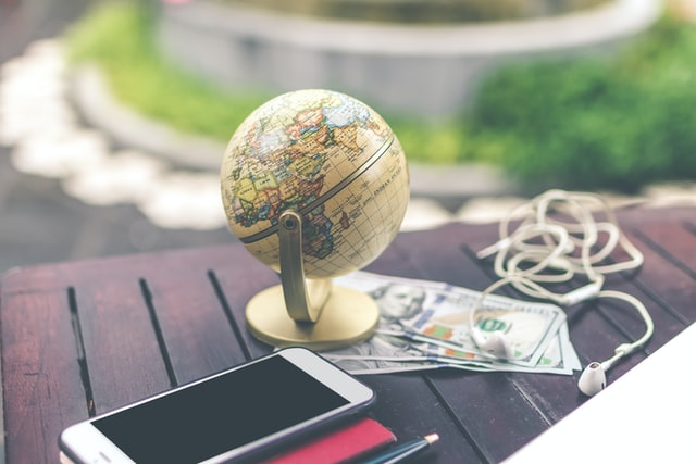 4 advantages of doing business on different continents